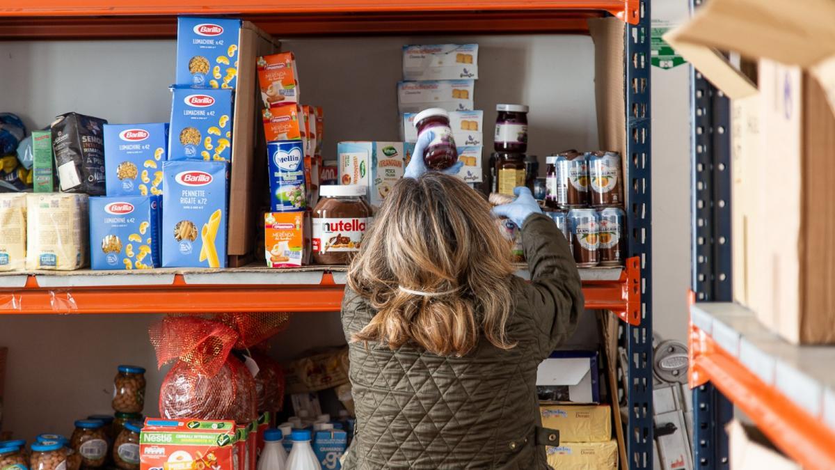 Banco Alimentare - coraggio di chi chiede aiuto